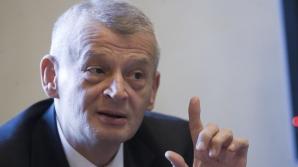 Doua partide ii cer demisia de URGENTA lui OPRESCU dupa scandalul cu APA CALDA