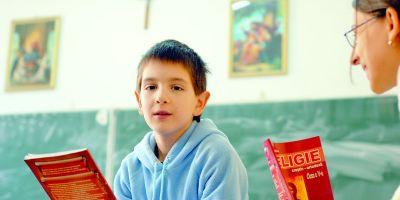 Care este talcul presiunilor BOR fata de legea de eliminare a Religiei din scoli si ce efecte pot avea manevrele Patriarhului