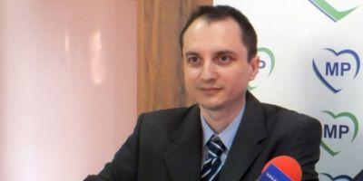 Politicianul giurgiuvean care isi cauta iubita, reprimit in MP. Ordinul a fost dat prin SMS de Traian Basescu