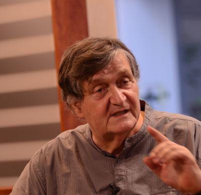 Rapoarte secrete despre doi indragostiti | Istoriile lui Alex. Stefanescu