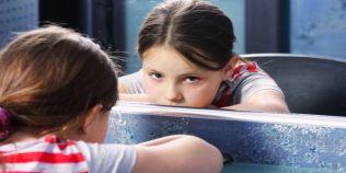 Cum ne afecteaza, la maturitate, relatia cu parintii nostri: cea mai buna cale de a ne vindeca ranile sufletesti din copilarie
