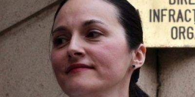 Fosta sefa a DIICOT vrea sa fie avocat in Moldova desi e judecata in doua dosare de coruptie. Reactia sefului Baroului Iasi