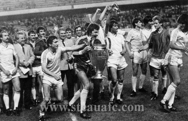 30 de ani de la Sevilla. Steaua lui Gigi Becali nu renunta la cea mai mare VICTORIE din istoria fotbalului romanesc