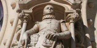 Statuia veche de 126 de ani a unui rege portughez, distrusa de un selfie