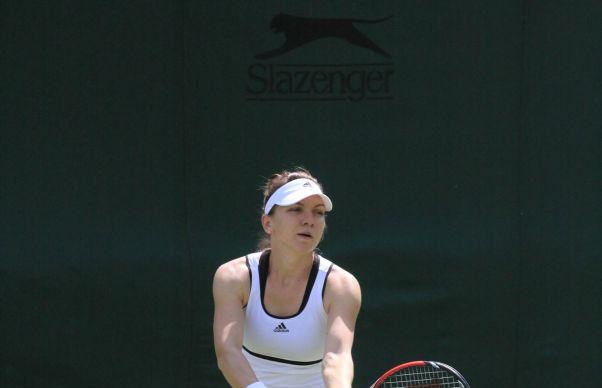 Simona Halep da de greu la Wimbledon