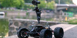 Robotul care face fotografii pe roti, noul