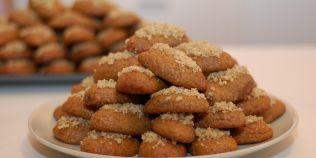 Cum se prepara melomacarona, prajitura-delicatesa
