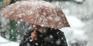 Prognoza meteo: un nou val de ninsori loveste Romania. Cat de frig se face, unde se anunta viscol, cat tine vremea rea