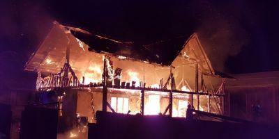 O vila din centrul Galatiului a sarit in aer in urma unei acumulari de gaze. Din fericire, proprietarii nu erau acasa