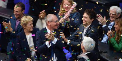 Toti parlamentarii germani musulmani au votat in favoarea legalizarii casatoriilor intre persoanele de acelasi sex