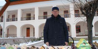 Pensionarul care vrea sa revolutioneze piata jucariilor din lemn